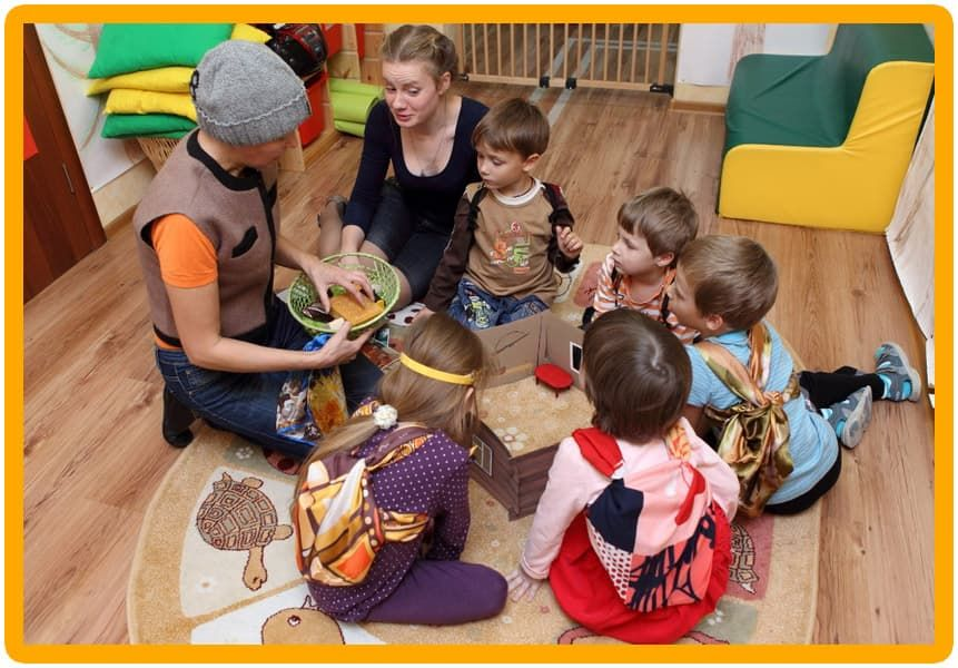 role of adult montessori The role of a teacher in a montessori classroom is played by a fully trained montessori directress the montessori directress usually has the qualification of a normal teacher but she also has the qualification.